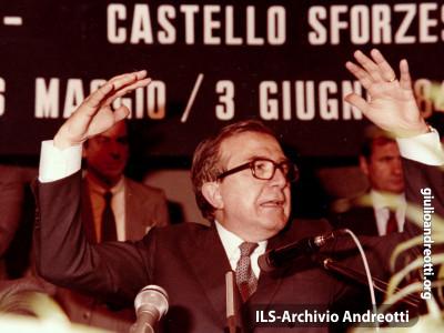 Giugno 1984. Intervento di Andreotti alla Festa dell'Amicizia della DC di Milano