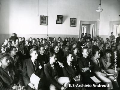 Nell'anno 1939 a un convegno della Fuci.