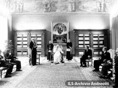 3 giugno 1985. Visita ufficiale in Vaticano del presidente del Consiglio Craxi