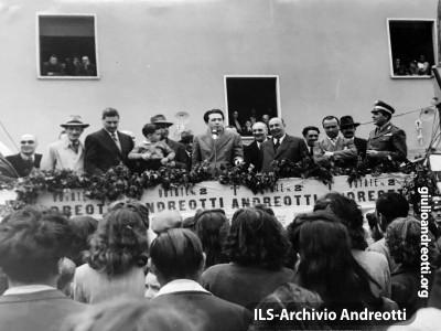 Campa elettorale del 1948. Comizio in Ciociaria