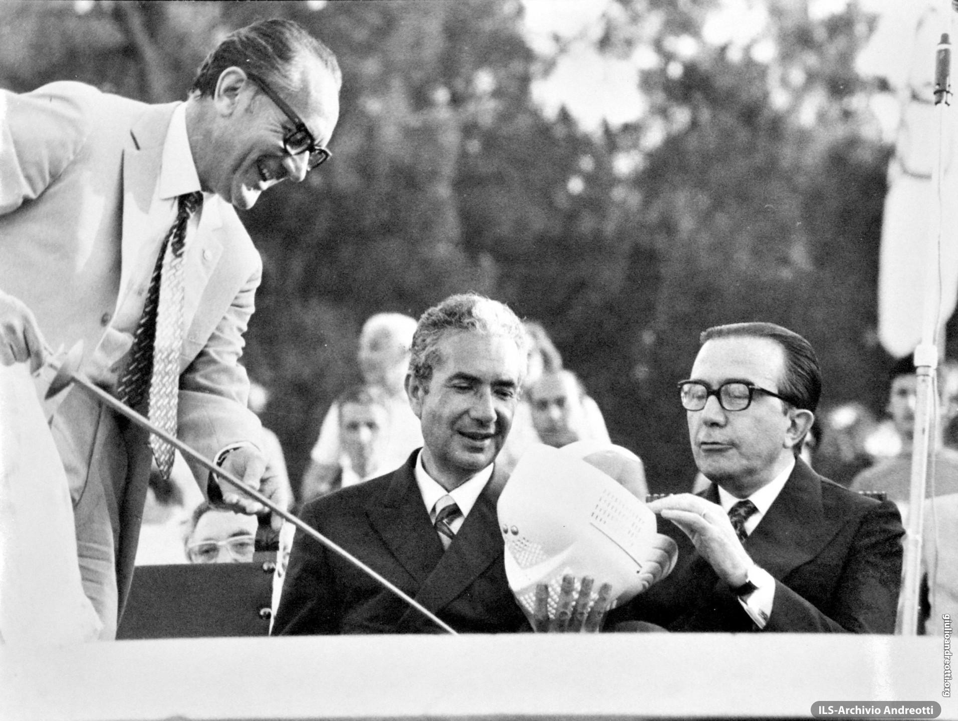 8 luglio 1972. Andreotti con Moro ai Giochi della Gioventù