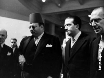Con il re di Egitto Faruq al Cairo nel 1951