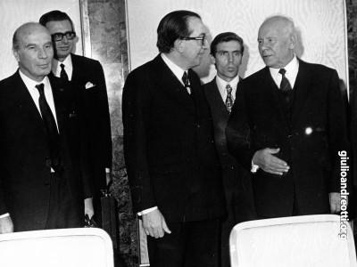 Mosca, novembre 1972. Accompagnato dal ministro del Resoro Carli, Andreotti incontra in presidente del Presidium del Societ supremo dell'URSS NiKolaj Podgornyj