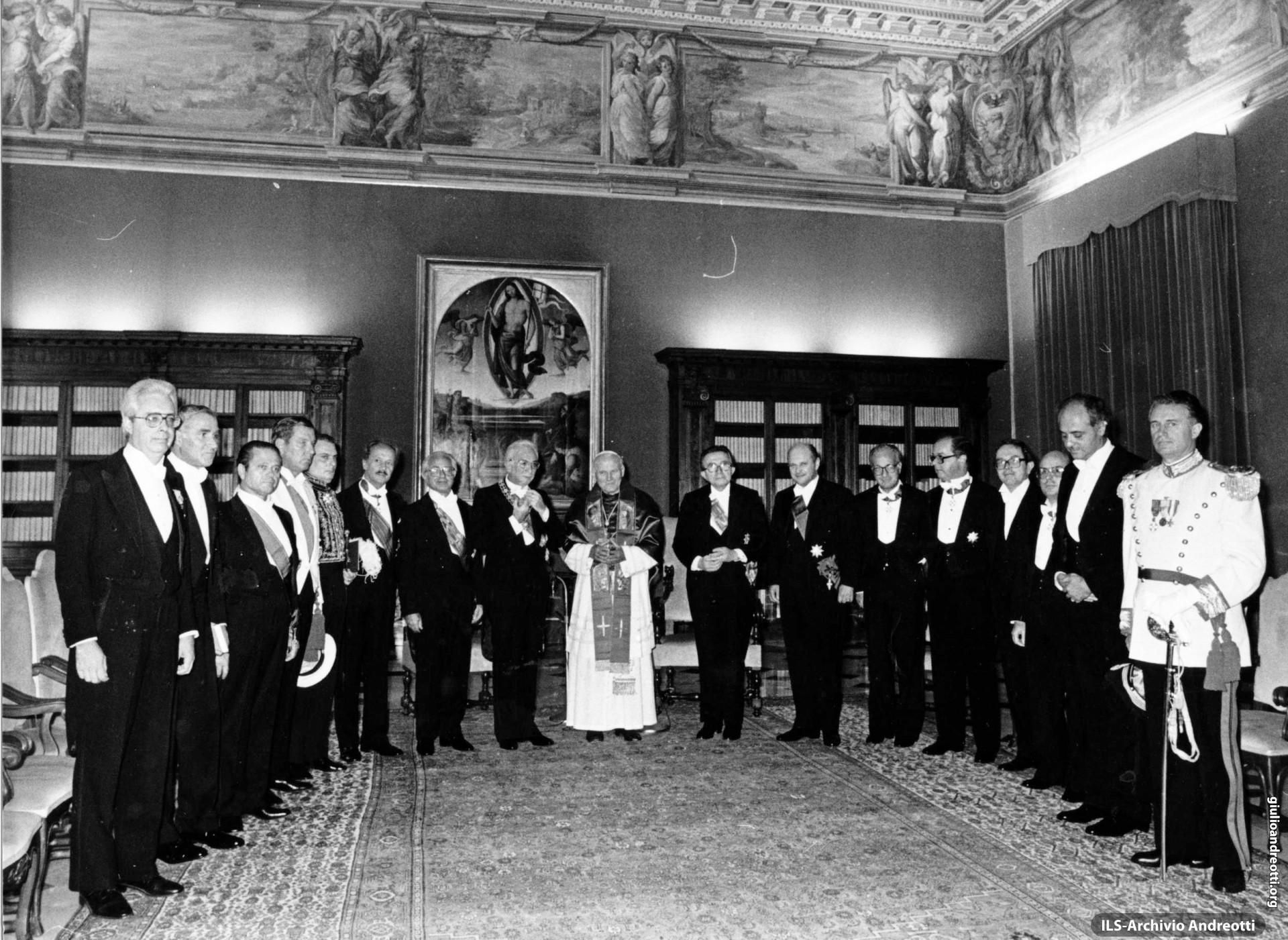 4 ottobre 1985. Visita ufficiale del presidente della Repubblica Cossiga a Giovanni Paolo II