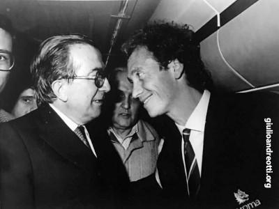 1983. Con Paulo Roberto Falcao