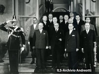 Maggio 1948. Presentazione al Quirinale del governo De Gasperi IV.