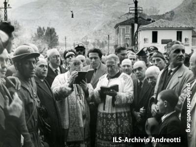 16 aprile 1948. Inaugurazione di una linea ferroviaria ripristinata dopo la guerra.