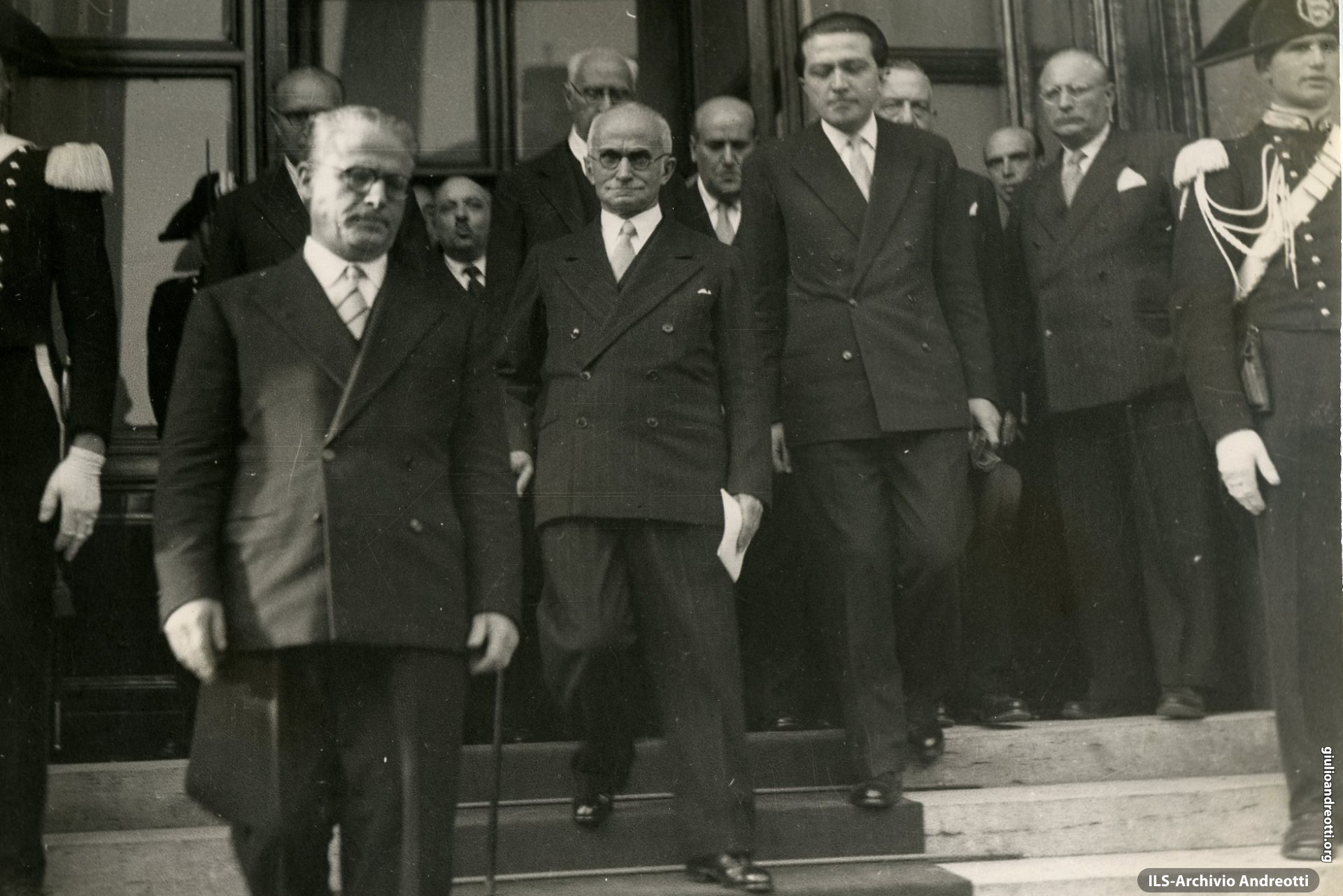 12 maggio 1948. Andreotti accompagna da Montecitorio al Quirinale Luigi Einaudi dopo la elezione a Presidente della Repubblica.
