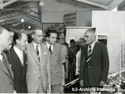Nel settembre del 1948, Andreotti accompagna De Gasperi.