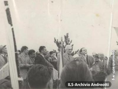 Il comizio di Arcinazzo della campagna elettorale del 1953.
