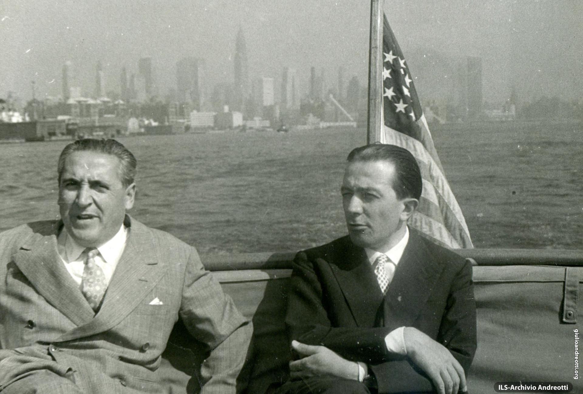Viaggio in America a bordo della Cristoforo Colombo. Arrivo a New York. Con Italo Gemini.