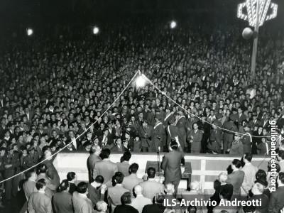 Maggio 1958. Campagna elettorale.