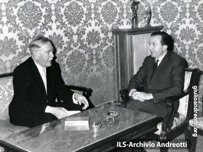 Andreotti e Krone in un incontro nel 1962.