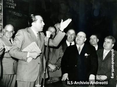 Campagna elettorale nel 1963.