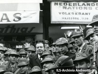 Pellegrinaggio militare a Lourdes del 1964.