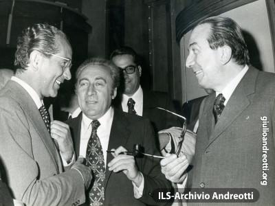 Giulio Andreotti con Emilio Colombo e Dionigi Coppo.