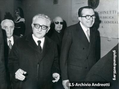 Giulio Andreotti con Giovanni Leone.