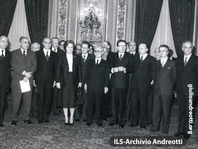 Il governo Andreotti IV in Quirinale nel marzo 1978.