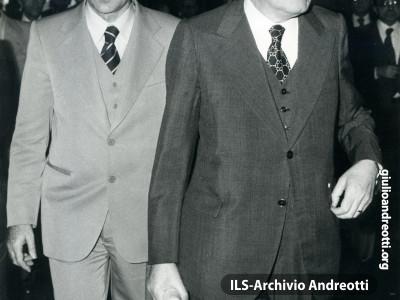 Andreotti e il Ministro della Difesa Ruffini.