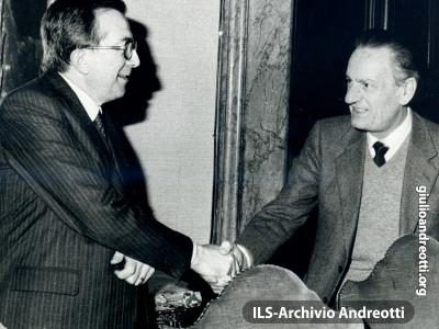 6 febbraio 1979. Andreotti con Benigno Zaccagnini il 6 febbraio 1979.