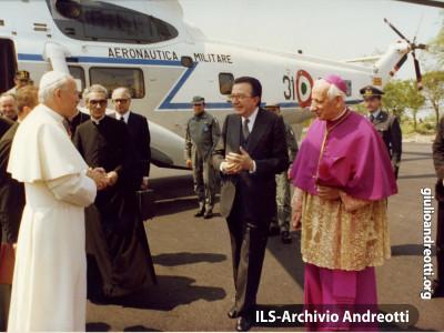 18 maggio 1979. Visita di Papa Giovanni Paolo II a Montecassino.