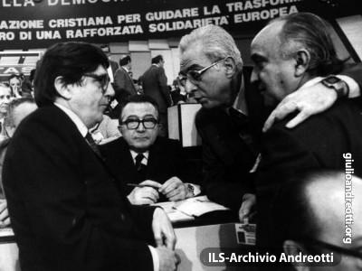 Andreotti con Enzo Scotti, Francesco Cossiga e Antonio Gava.