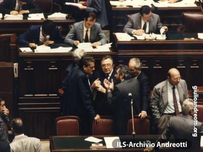 Ottobre 1987. Nell'aula di Montecitorio.