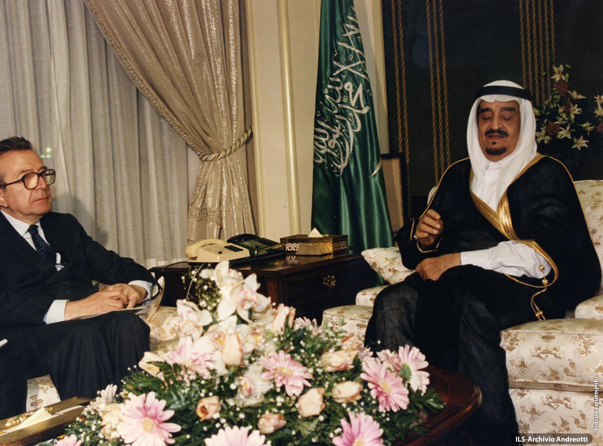 Febbraio 1988. Andreotti con re dell'Arabia Saudita Fahd.