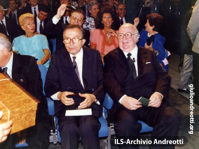 Luglio 1988. Andreotti con Giovanni Spadolini al Premio Fiuggi.