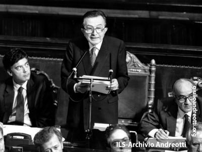 Luglio 1989. Presentazione al Senato del VI Governo Andreotti.