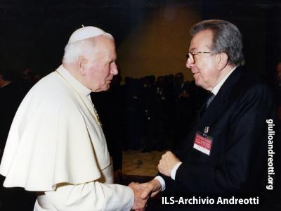 Andreotti con Giovanni Paolo II.