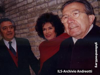 16 aprile 1995. Andreotti con il cognato di Andreotti, Gaetano Danese e sua moglie Ninì.