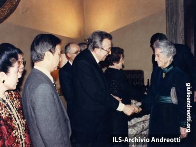 Andreotti con Rita Levi Montalcini.