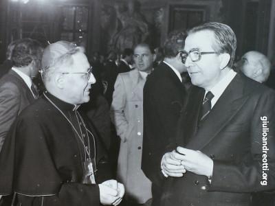 Andreotti con il card. Ugo Poletti, Vicario di Roma.