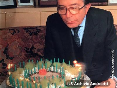 14 gennaio 1989. Andreotti nel giorno del suo settantesimo compleanno