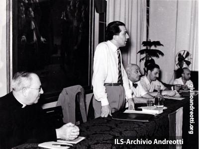20 luglio 1950.Lezione di Andreotti al Corso di Orientamento sociale