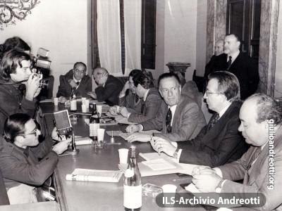29 novembre 1978. Direzione della Democrazia Cristiana. Con Andreotti: Colombo, Micheli, Pisanu, Zaccagnini, Gaspari.