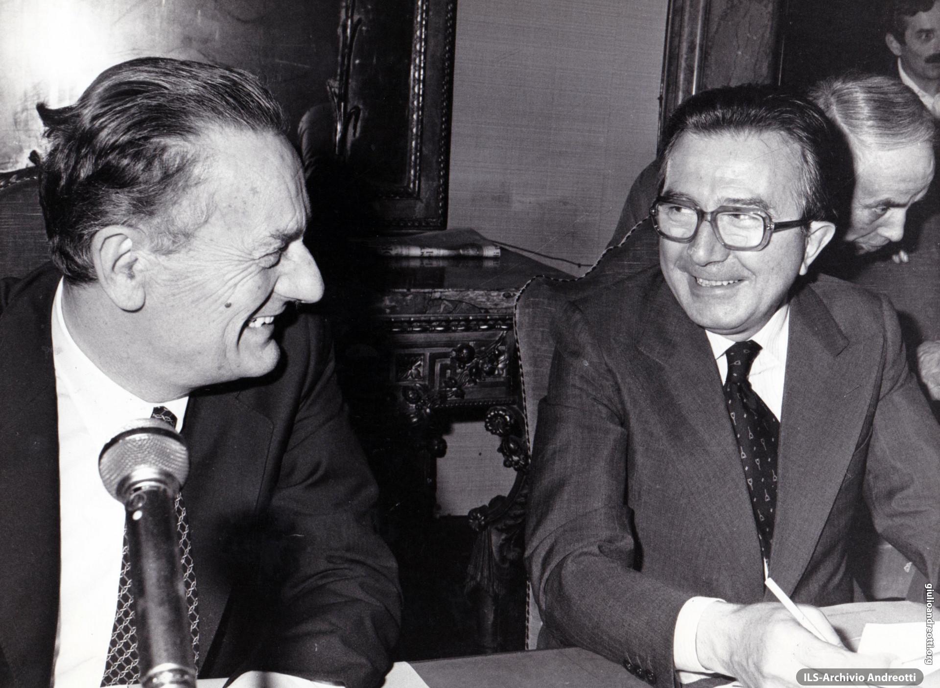 24 giugno 1979. Andreotti e Zaccagnini al Consiglio nazionale della DC dopo le elezioni del 3 giugno.