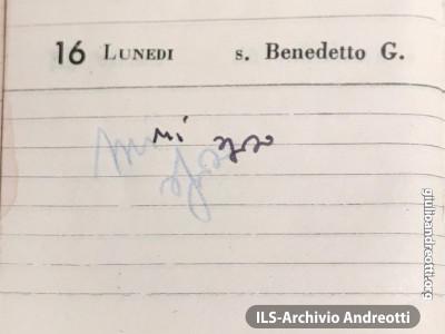 La più che sintetica annotazione con la quale Andreotti segnò nell'agenda del 1945 la data del suo matrimonio, il 16 aprile.