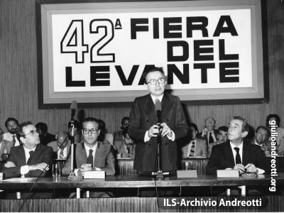 Bari, 8 settembre 1978. Il Presidente del Consiglio Andreotti inaugura la Fiera del Levante.