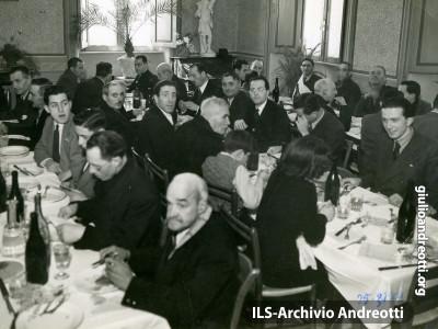 25 marzo 1944. Riunione conviviale. promossa dagli Universitari cattolici.