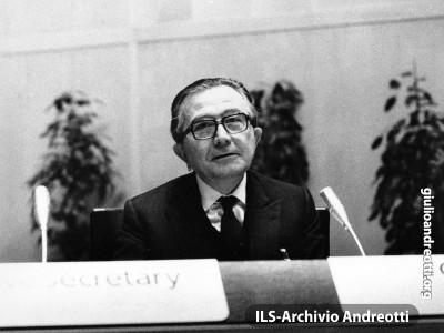 Stoccolma, 18 gennaio 1984. Conferenza sul disarmo in Europa (CDE).